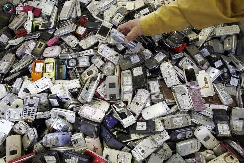 Як знайти вкрадений телефон по IMEI?