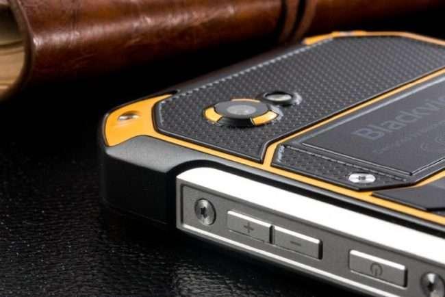 Огляд Blackview BV6000: Телефон, який не боїться води